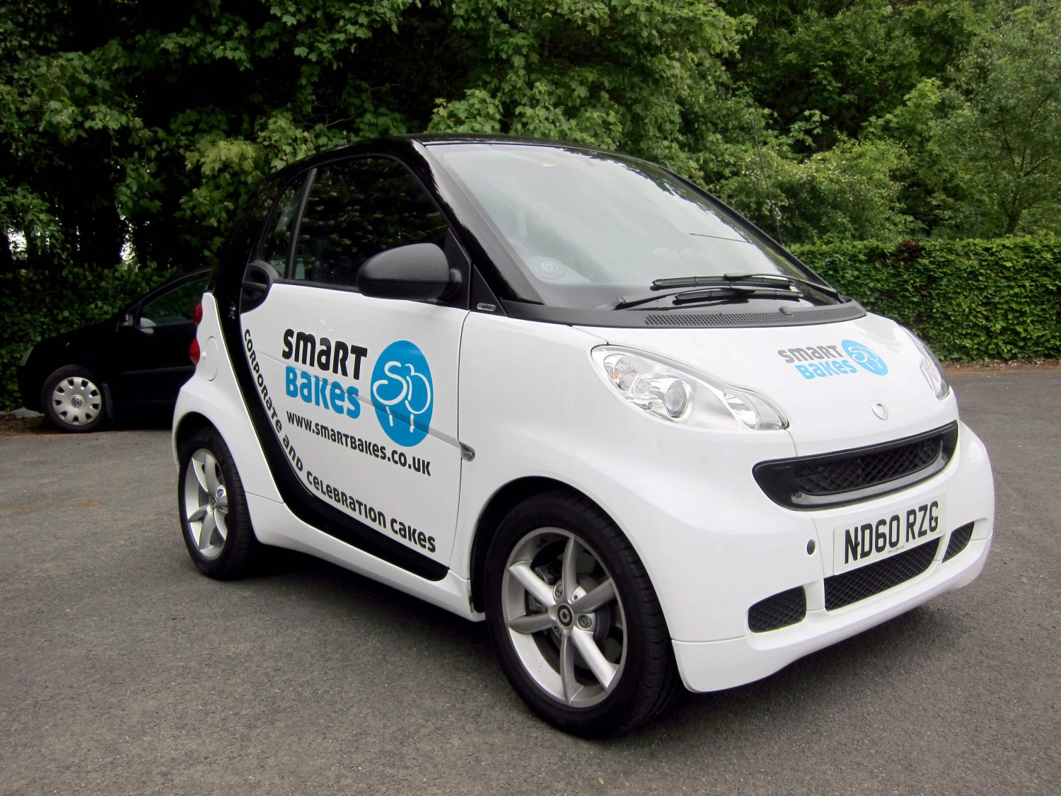 SmartBakes car wrap